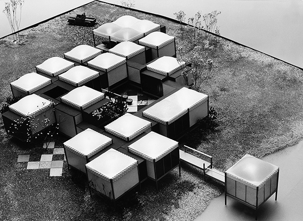 エクスペリメンタル・ハウス模型 1957 Model of Experimental House, 1957 Photo: Vitra Design Museum Archive